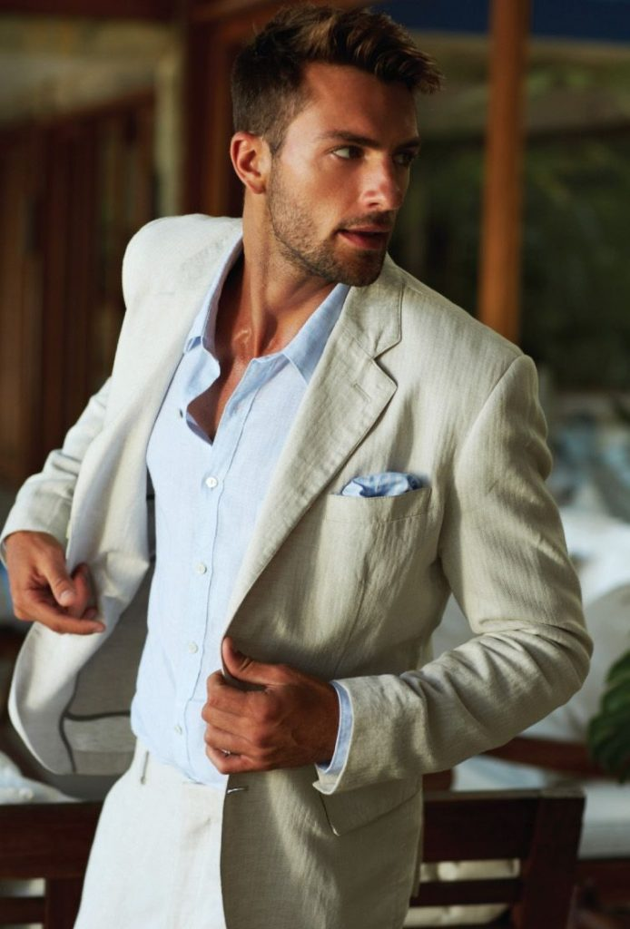 DIVE INTO SUMMER WITH STYLE: A COMPLETE GUIDE TO MEN'S LINEN SUITS